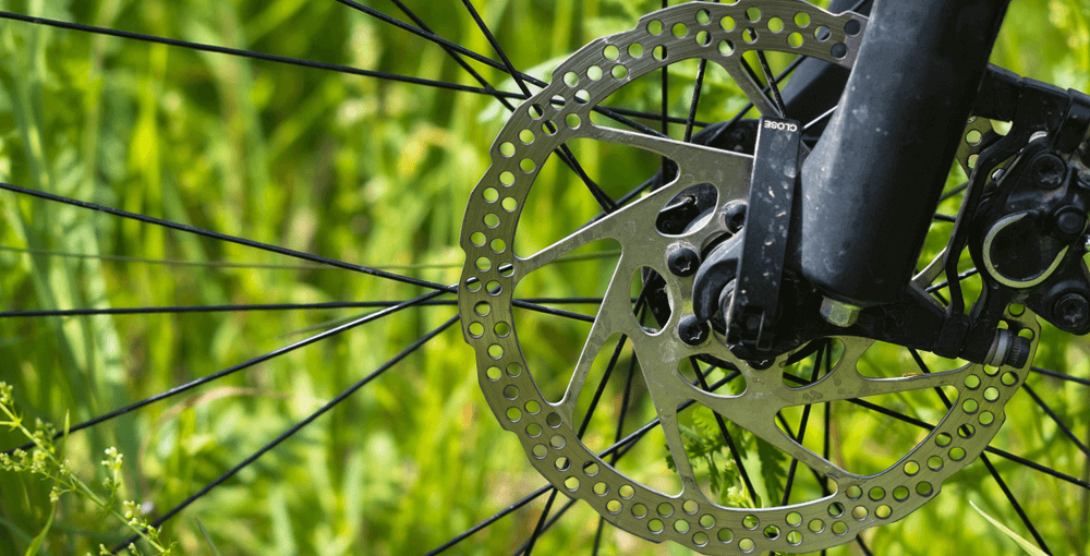 Bicycle disc brakes maintenance image